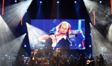 Dalgunos conciertos cuelguen el cartel de completu enantes d'entamar el Festival